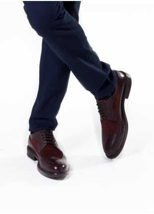 scarpa bassa stringata John Barritt, in pelle/camoscio derby coda di rondine con suola in gomma, colore bordeaux. Composizione 100% pelle. Bordeaux