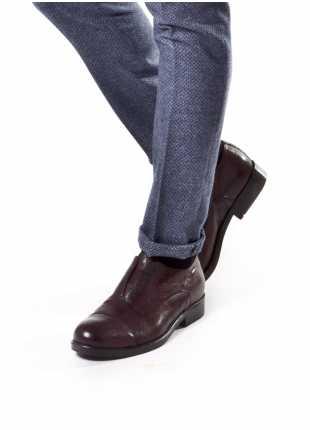 scarpa bassa stringata John Barritt, francesina senza lacci in pelle vintage con suola in gomma, colore bordeaux. Composizione 100% pelle. Bordeaux