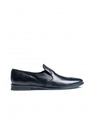 scarpa uomo John Barritt, slip on in pelle di agnello, suola in cuoio con inserzione in gomma, tintura vintage blu. Composizione 100% pelle. Blue