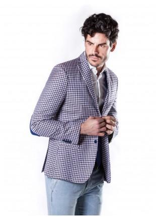 giacca uomo John Barritt vestibilita slim, semi-foderata, due bottoni, doppio spacco, amf e toppe a contrasto. Tessuto in viscosa, fantasia a quadretti. Composizione 100% viscosa. Bluette