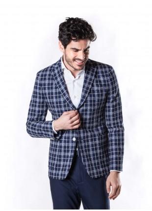 giacca uomo John Barritt vestibilita slim, sfoderata, due bottoni, doppio spacco, tasche a toppa. Tessuto in misto cotone, fantasia a quadri, colore blu. Composizione 95% cotone  5% poliammide. Sky Blue