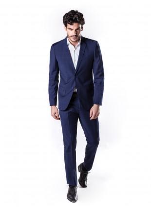 abito uomo primavera-estate John Barritt vestibilita slim, due bottoni, due spacchi e amf. Lunghezza giacca 74 cm. Tessuto in pura lana con fantasia a quadri. Composizione 100% lana. Sky Blue