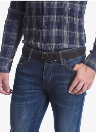Cintura uomo John Barritt, regolabile, altezza 3.5 cm in  pura pelle scamosciata, colore marrone scuro, fibbia in metallo galvanica canna di fucile. Composizione 100% pelle. Marron Chiaro