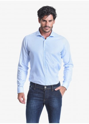 Camicia uomo John Barritt, slim fit, in cotone tinto filo, mezzo collo francese, colore azzurro. Composizione 100% cotone. Azzurro Carta Da Zucchero