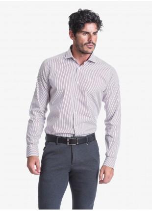 Camicia uomo John Barritt, slim fit, in cotone a righe, mezzo collo francese, colore bianco/bordeaux. Composizione 100% cotone. Bordeaux