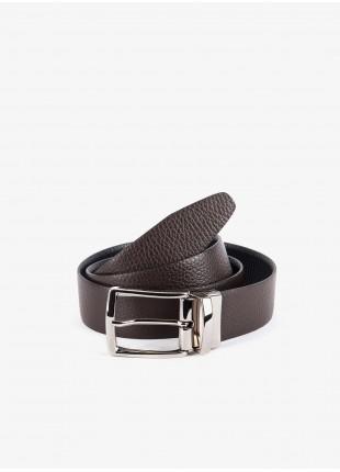 Cintura uomo John Barritt, regolabile, altezza 3,5 cm, double-face, in vera pelle martellata moro/nero. Fibbia in metallo galvanica nikel satinato. Composizione 100% pelle. Marron Chiaro