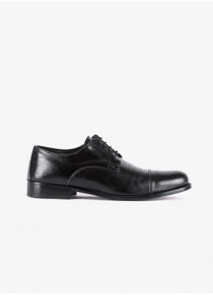 John Barritt man low lace-up derby shoes, in real leather with stitching on top, color black. Leather sole. Composition 100% lamb leather. Nero
