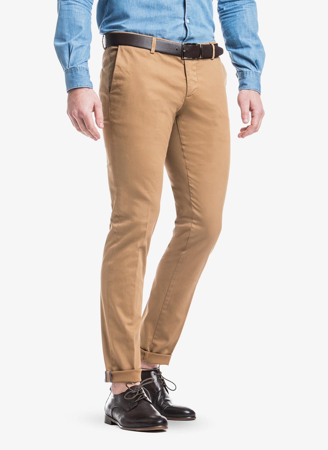 f3cd4fb5888fc0 John Barritt man chinos, slim fit, in stretch cotton fabric with micro  design, garment-dye. Composition 97% cotton 3% elastane. Burned Brown