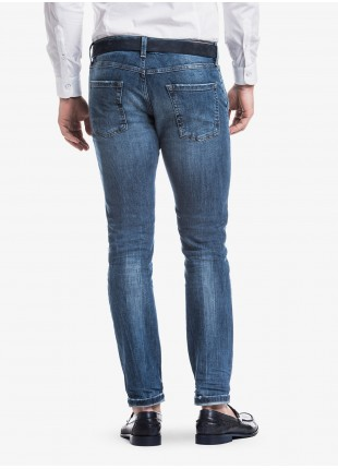 John Barritt man jeans with american front pockets, slim fit, in stretch denim blue stone wash. Composition 99% cotton 1% elastane. Bluette