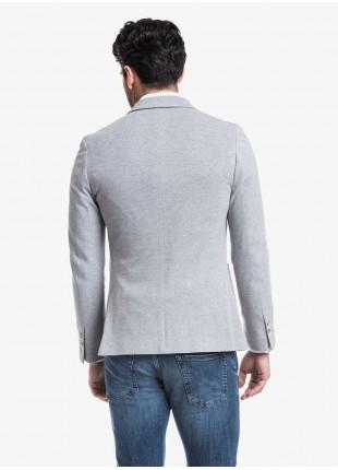 Giacca uomo John Barritt vestibilita slim, foderata, due bottoni, doppio spacco, tasche a toppa, pochette. Tessuto in maglia, colore grigio chiaro. Composizione 100% cotone. Grigio Chiaro Melange