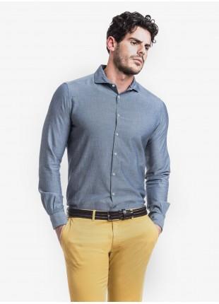 Camicia uomo John Barritt, slim fit, in tessuto denim operato, mezzo collo francese, colore blu medio. Composizione 100% cotone. Blue