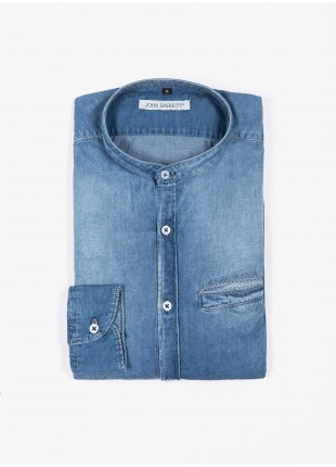 Camicia uomo John Barritt, slim fit, tessuto in denim, collo alla coreana, colore blu medio. Composizione 100% cotone.  Azzurro Carta Da Zucchero