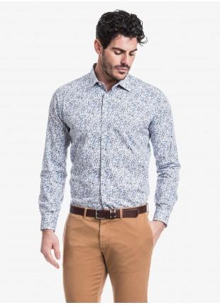 Camicia uomo John Barritt, slim fit, in cotone stampato con fantasia a fiori, collo italiano, colore azzurro. Composizione 100% cotone. Blue