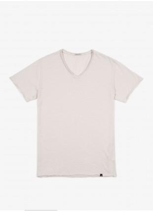 John Barritt t-shirt, slim fit, V neck old white. 100% cotton. White