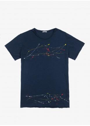 T-shirt John Barritt, slim fit, girocollo. Stampa a spruzzo fatta a mano. blu. 100% cotone.