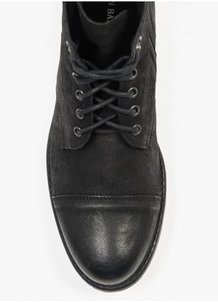 Scarpa alta uomo John Barritt, modello anfibio con zip laterale, colore nero, suola in gomma. Composizione 100% pelle. Grigio Scuro Melange
