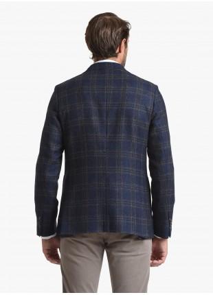 Giacca uomo John Barritt vestibilita slim, semi foderata, due bottoni, doppio spacco, tasche a toppa. Tessuto in misto lana con fantasia a quadri, colore blu. Composizione 72% lana 25% cotone 3% cachemire. Blue