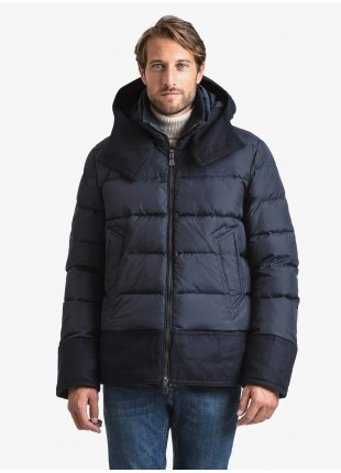 John Barritt man down jacket, with real down, closure by zip, knitted collar and detachable hood, details with contrast fabric. Composition 100% polyamide. Blue