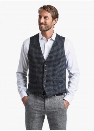 Gilet uomo John Barritt, vestibilita slim, tasche a pattina, tessuto in jersey, colore marrone. Composizione 34% poliammide 31% lana 30% cotone 5% elastan. Blue