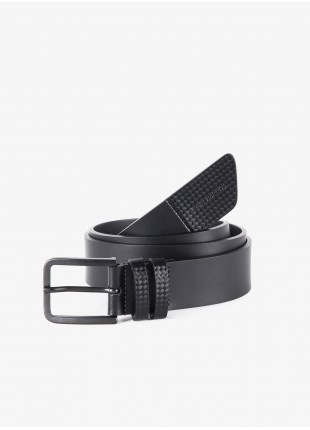 John Barritt man belt, adjustable, height 3.5 cm, in real leather with carbon print, color black. Metal buckle color matt metal gun. Composition 100% lamb leather. Nero