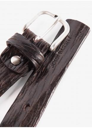 Cintura uomo John Barritt, regolabile, altezza 3 cm, in pelle lavata colore testa di moro. Fibbia in metallo galvanica argento invecchiato. Composizione 100% pelle. Marron Chiaro