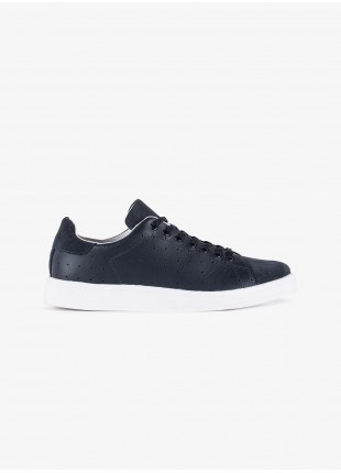 John Barritt man sneakers, in smooth leather  with suede inserts. Rubber sole. Color blue. Composition 100% lamb leather. Blue