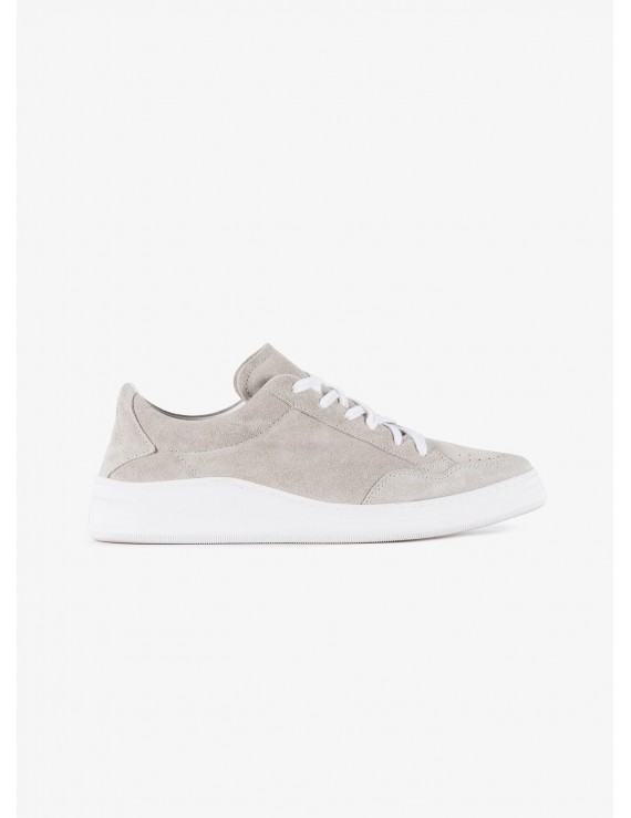 John Barritt man sneakers, in suede leather, rubber sole. Color pearl grey. Composition 100% lamb leather. Ice