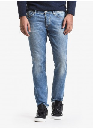 John Barritt man five pockets jeans, slim fit, in stretch denim color blue stone wash. Composition 99% cotton 1% elastane. Bluette