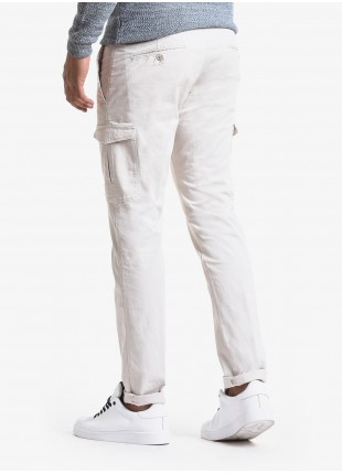 John Barritt man pants, cargo style, slim fit, in cotton fabric, garment-dyed. Composition 98% cotton 2% elastane. White