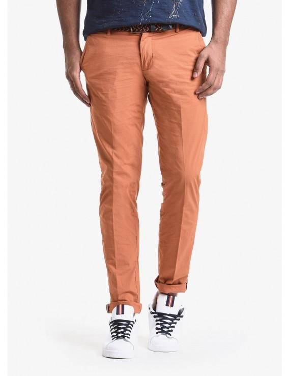 John Barritt man chinos, slim fit, in cotton poplin, garment-dyed. Composition 97% cotton 3% elastane. Orange