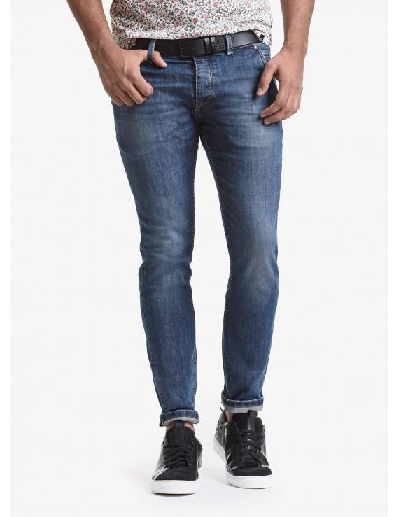 John Barritt man jeans with slant side pockets on front, slim fit, in stretch denim color blue stone wash. Composition 99% cotton 1% elastane. Bluette