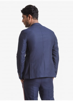John Barritt man jacket, slim fit, half body lining with colored piping in the inside, two buttons, double vent, patch pockets, open cuff. Embossed fabric. Composition 50% cotton 28% polyester 22% polyamide. Blue