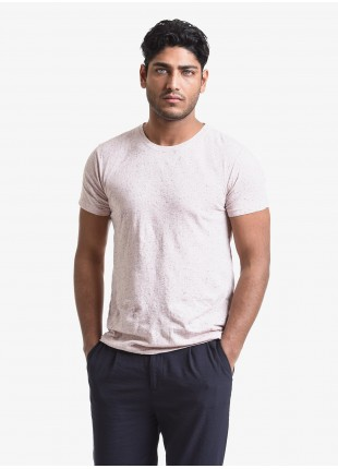John Barritt man t-shirt, slim fit, crew neck fit, short sleeve, small pocket on chest. Nappy jersey fabric, color pink. Composition 100% cotton. Rose
