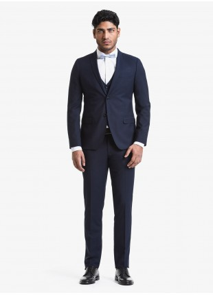 John Barritt spring-summer man suit, slim fit, two buttons, double vent and amf. Lenght jacket 72 cm. Polyester/viscose fabric with micro design. Composition 76% polyester 22% viscose 2% elastane. Blue