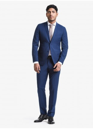 John Barritt spring-summer man suit, slim fit, two buttons, double vent and amf. Lenght jacket 72 cm. Polyester/viscose fabric with micro design. Composition 76% polyester 22% viscose 2% elastane. Bluette