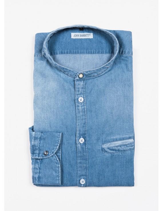 John Barritt man shirt, slim fit, in light cotton denim fabric, korean collar. Color light blue jeans. Composition 100% cotton. Blue