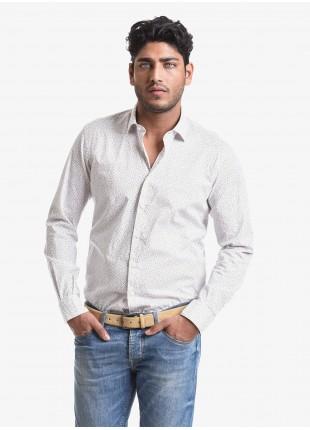Camicia uomo John Barritt, vestibilita slim, in cotone stretch stampato a fiori, mezzo collo francese, colore bianco/giallo. Composizione 100% cotone. White