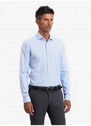 Camicia uomo John Barritt, vestibilita slim, in cotone operato, collo mezzo francese, colore azzurro. Composizione 100% cotone. Azzurro Carta Da Zucchero