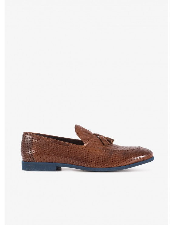 John Barritt man loafer shoes, in leather with micro hole technique, rubber sole. Color tobacco. Composition 100% lamb leather. Blue