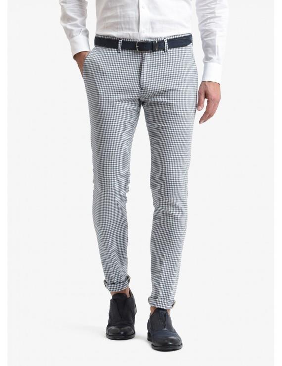 John Barritt man chinos, slim fit, cotton/linen fabric with mini design. Color light blue. Composition 88% cotton 10% linen 2% elastane. Blue Paper From Sugar