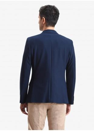 Giacca uomo John Barritt, vestibilita slim, foderata con spalline, due bottoni, doppio spacco, tasche a pattina, pochette e amf. Tessuto in jersey con micro armatura. Colore blu scuro. Composizione 100% cotone. Sky Blue