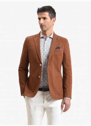 John Barritt man jacket, slim fit, full body lining, without shoulder pads, two buttons, double vent, patch pockets, pochette and amf. Cotton jersey fabric, color tobacco brown. Composition 100% cotton. Light Brown