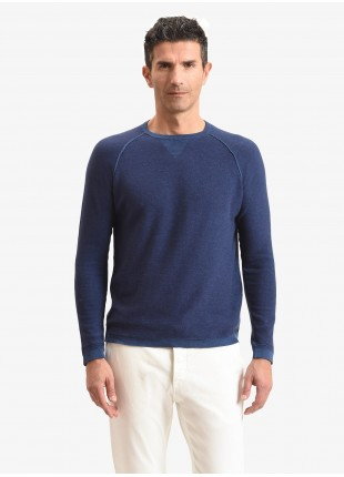 John Barritt man sweater, slim fit, crew neck with little triangle on collar and knitted patches on elbow. Composition 100% cotton. Bluette