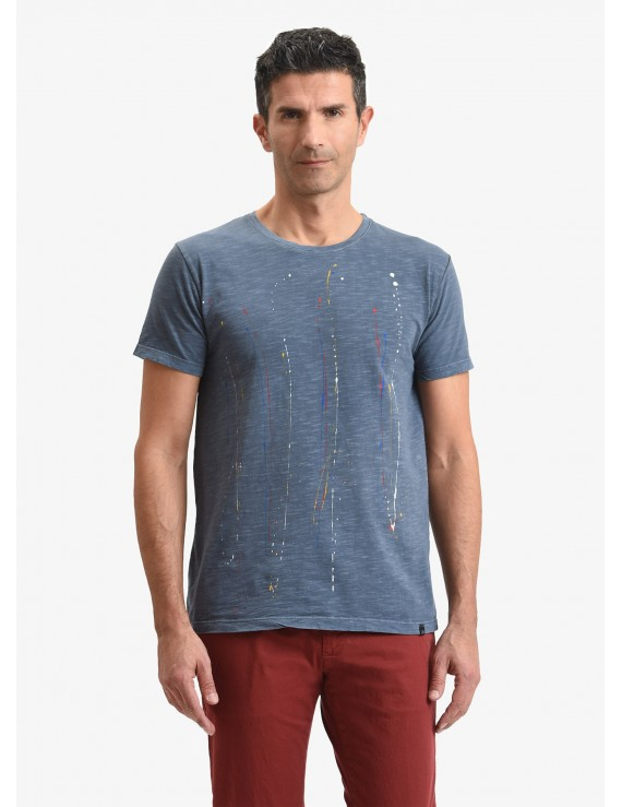 John Barritt man t-shirt, slim fit, crew neck, in flamed cotton jersey with handmade painted details. Color indigo. Composition 100% cotton. Bluette