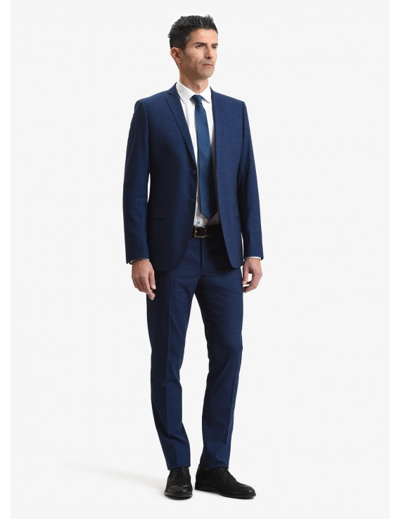 John Barritt spring-summer man suit, slim fit, two buttons, double vent and amf. Lenght jacket 74 cm. Polyester/viscose fabric with micro design. Color blue. Composition 76% polyester 22% viscose 2% elastane. Bluette
