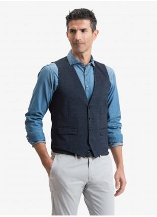 Gilet uomo John Barritt, vestibilita slim, tasche a pattina, tessuto in jersey di cotone. Colore blu. Composizione 100% cotone. Sky Blue