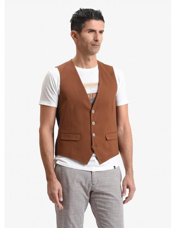 John Barritt man vest, slim fit, flap pockets, cotton jersey fabric, color tobacco brown. Composition 100% cotton. Light Brown