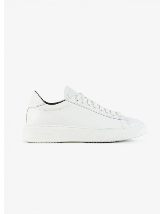 John Barritt man sneakers, in real leather with rubber sole. Color white. Composition 100% lamb leather. White
