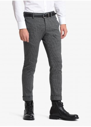 John Barritt man pants, slim fit, side pockets on the front side and welt pockets on back, finished edge on bottom. Stretch jersey fabric with micro pied-de-poule pattern. Color dark grey. Composition 62% cotton 35% polyester 3% elastane. Medium Grey Melange