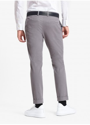 John Barritt man pants, slim fit, side pockets on the front side and welt pockets on back, finished edge on bottom. Stretch washed cotton fabric. Color blue. Composition 98% cotton 2% elastane. Gray Middle Kingdom